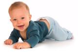 La importancia y beneficios de gatear en los bebés